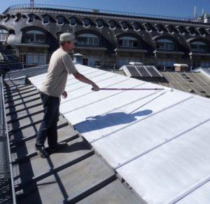 application-laque-solaire-verriere-rouleau-min