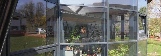 réduction luminosité pose d'un film solaire anti chaleur IME Fondation Bellan
