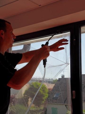 Les 5 étapes de la pose d'un film pour fenêtre