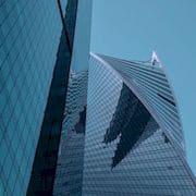Film solaire : une entreprise française va tester des films photovoltaïques souples sur les façades des grattes-ciels de Dubaï